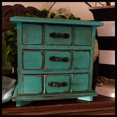 Time for jewelry boxes. These are always a big seller at Xmas time. #vintage #aqua #turquoise #distressed #vintagejewelrybox #upcycledjewelrybox #jewelrybox #diy #restore #recycle #revive #upcycle