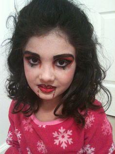 Halloween Makeup For Kids Kid Friendly DIY Halloween Makeup! Pearlescent FX Make-Up Stix tinyurlcom/ Girl Vampire Makeup, Vampire Makeup Tutorial, Vampire Hair, Zombie Vampire, Makeup For Moms, Kids Makeup, I Love Makeup, Pretty Makeup, Makeup Ideas