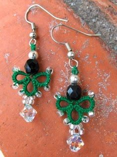 Birgit's Tatting: Clover Earrings