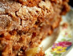 A simple, yummy quick bread for breakfast or snacking. This can be modified in many ways! Applesauce Bread, Apple Bread, Pumpkin Bread, Applesauce Recipes, Apple Pie, Apple Recipes, Bread Recipes, Baking Recipes, Dessert Recipes