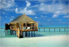 CONSTANCE MOOFUSHI RESORT / MALDIVES