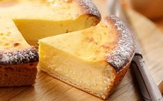 Cheesecake made with Brabant farmhouse cheese No Cook Desserts, Cookie Desserts, Delicious Desserts, Dutch Recipes, Sweet Recipes, Alice Delice, Belgian Food, Feel Good Food, Weird Food