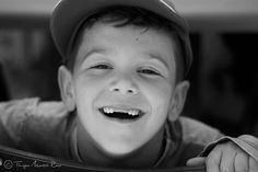 Foco em Thiago Martin Rosa, aluno do IF que capturou este sorriso simpático nesta bela imagem PB!  #if #institutodefotografia #fotodoaluno #trabalhodoaluno #fotografia #cursoonline #formação Veja mais trabalhos: https://www.facebook.com/ThiagoMRphotography  Quer saber mais sobre nosso curso? Clique no link: