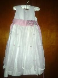 Bindenella dress for pretty girls. V cute free ship for $14.99 mint size 3t