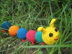 Rainbow Bunting: Cute Cute Caterpillar!! - free pattern
