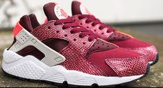 April 2015 Shoes Nike Sportswear Air Huarache Run Womens Burgundy Villain Red