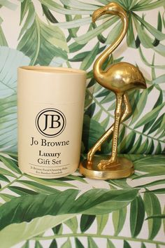 Jo Browne Natural Skincare Gift Set - Cleansing Balm & Bamboo Cleansing Cloth Solid Perfume, Facial Cleansing, Moscow Mule Mugs, Natural Skin Care, Cleanse, The Balm, Ireland, Cosmetics, Gifts