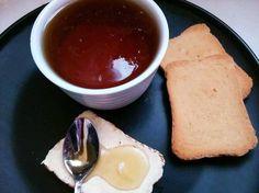 Μέλι από τα χεράκια μας Cornbread, Pudding, Ethnic Recipes, Desserts, Food, Millet Bread, Tailgate Desserts, Deserts, Custard Pudding