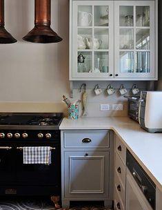 ריקי קורי בכר, מטבח תנור גובה