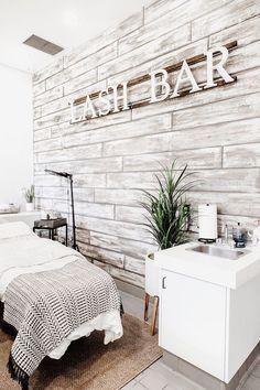 Spa Room Decor, Beauty Room Decor, Home Spa Decor, Day Spa Decor, Massage Room Decor, Home Spa Room, Spa Rooms, Interior Design Gallery, Salon Interior Design