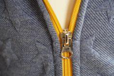 Jak ušít dětskou mikinu na zip - návod (FOREST) - Prošikulky. Tie Clip, Accessories, Fashion, Moda, Fashion Styles, Fashion Illustrations, Tie Pin, Jewelry Accessories