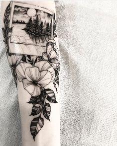 "1,303 To se mi líbí, 2 komentářů – Gristle Tattoo (@gristletattoo) na Instagramu: ""Polaroid by @austin_lls. #polaroid #botanical #flowers #woodcut #etch #etching…"""