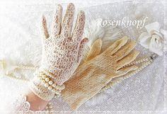 Vintage Handschuhe - BRAUTHANDSCHUHE Vintage S-M Puder Tüllhandschuhe - ein…