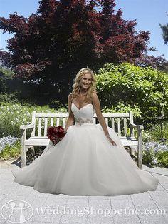 http://www.weddingshoppeinc.com/Uploads/Sized/_images_411133%201024x768.jpg