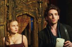 Will TNT Laurie Davidson as Will Shakespeare & Olivia DeJonge as Alice Burbage