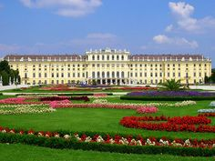 The second best decision of my life was to go to Schonbrunn Palace in Vienna! haha. It really is gorgeous!