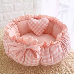 Princess Style Sweety Pet Dog Bed Cat Bed House Cushion Kennel Pens Sofa With Pillow Warm Sleeping Bag New Arrival Type: Dogs Wash Style: Hand Wash Feature: Eco-Friendly Pattern: Solid Material: Cotton Weight: Model Number: Brand Name: HSWLL Numbering: Cute Dog Beds, Cool Beds, Pet Beds, Dog Cushions, Sofa Pillows, Sofa Bed, Cuddle Bed, Round Sofa, Dog Wash