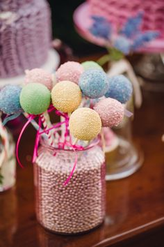 Confetti Photoshoot Spring 2014. Styled by Alise Taggart, photography by Paula O'Hara. Cake Pops by The Cake Cuppery.