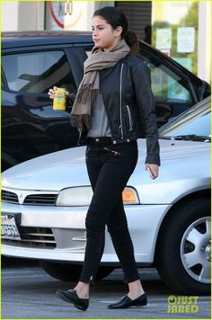 selena gomez will be the first celebrity wax figure in orlando 01 Selena Gomez holds onto her can of lemonade after having lunch at a sushi restaurant with some gal pals on Wednesday (October 29) in Studio City, Calif. The 22-year-old…
