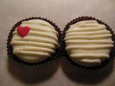 Designer Chocolate Covered Oreo - Valentine's Day Chocolate Covered Oreo Favors. $20.00, via Etsy.