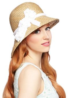 Pure Edith Hat in White - Tan, White, Solid, Flower, Daytime Party, Vintage Inspired, 20s, 30s, Best, Variation, Beach/Resort