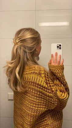 Hair Day, New Hair, Blonde Hair Looks, Long Blond Hair, Messy Blonde Hair, Gold Blonde Hair, Honey Blonde Hair, Blonde Hair Girl, Aesthetic Hair