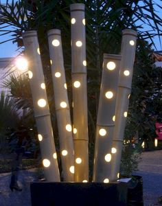 Here are outdoor lighting ideas for your yard to help you create the perfect nighttime entertaining space. outdoor lighting ideas, backyard lighting ideas, frontyard lighting ideas, diy lighting ideas, best for your garden and home Landscape lighting or g Outdoor Garden Decor, Outdoor Gardens, Indoor Outdoor, Garden Seating, Rustic Outdoor, Outdoor Rooms, Backyard Lighting, Outdoor Lighting, Ceiling Lighting