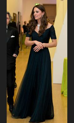 Stunning in a dark blue Jenny Packham gown at the Portrait Gala 2014.