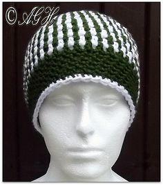 Justa Beanie - Free crochet teen/adult (medium) hat pattern by ag handmades. Aran weight yarn.