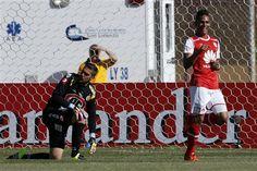 Libertadores: Santa Fe logra 1ra victoria, ante Cobresal - http://a.tunx.co/Fg54D