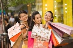 China Tops World's Shopping Mall Craze