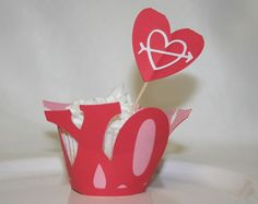 X O Valentine Cupcake Wrappers and Cupcake by TheWeekendCrafter, $14.00