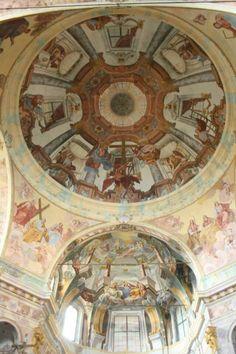Particolare chiesa Madonna del Sasso Piemonte