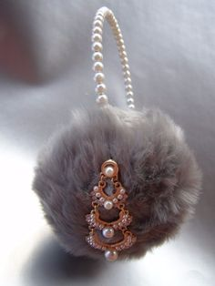 Scream Queens Gray Faux Fur Earmuffs Pearl Earrings Headband C#3 Billie Lourd #earmuffs #party
