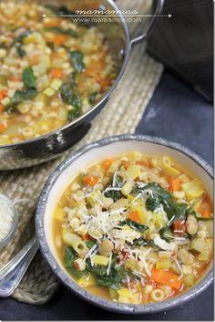 Seven Vegetable Minestrone Soup | @mamamissblog