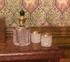12th-scale-Dollshouse-Miniature-Handmade-Decanter-And-Glasses-22-Carat-Gold-Trim