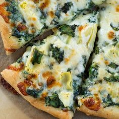 Quick and easy vegetarian pizza. Delicious vegetarian pizza baked in oven.Very easy!