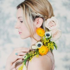 25 Unconventional Ways to Use Flowers at Your Wedding from http://www.weddingbells.ca/planning/bouquets-flowers/25-unconventional-ways-to-use-flowers-at-your-wedding/ ~Use artificial flowers to create keepsakes from you big day