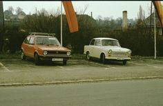 West und Ost - VW Golf und Trabbi in Pößneck. - 1980er - WDR Digit