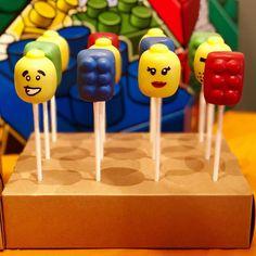 Mug cake gingerbread mug - HQ Recipes Lego Cake Pops, Lego Faces, Bake Sale Packaging, Mugcake Recipe, Lego Themed Party, Lego Girls, Noah, Baking Business, Spiced Coffee