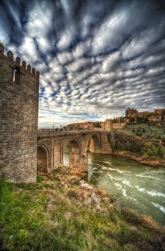 Toledo, Spain. Clouds on clouds. #nature #sky #España
