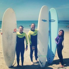 It's not pathetic to travel alone! I made new friends who loved surfing, ticked a big dream off my bucket list,and learnt a new sport in the process!