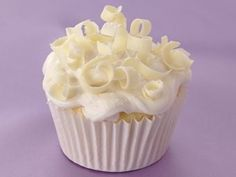 Double Almond Wedding Cupcakes recipe from Betty Crocker