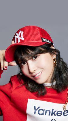 Me gusta la fuerza mental y fisica que tiene, sin duda la amo Stunning Girls, Most Beautiful Faces, Beautiful Asian Girls, Kpop Girl Groups, Korean Girl Groups, Kpop Girls, Nayeon, K Pop, Fandom