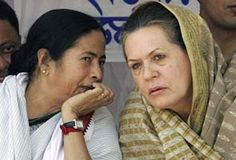 Presidential poll: Sonia Gandhi to host lunch today, Mamata Banerjee's party to attend