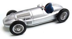 CMC Models 1939 Mercedes W165 in 1:18 Scale Diecast Car.
