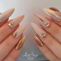 Do you want to easily find your favorite almond nails and oval nails? We have 90 the hottest almond and oval nails for you. Enjoy these amazing nails art in your spare time! We hope to have your favorite. Matte White Nails, White Acrylic Nails, Nude Nails, Gel Nails, Nail Nail, Blush Nails, Burgundy Nails, White Stiletto Nails, Beige Nails