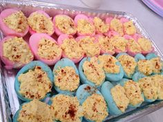 18 Gender Reveal Ideas Using Food Gender reveal ideas using food are so cute! Seriously such fun ways to reveal your baby's gender! The post 18 Gender Reveal Ideas Using Food – Gender Reveal Party Food appeared first on Gender reveal ideas . Gender Reveal Food, Baby Gender Reveal Party, Gender Party, Baby Reveal Party Ideas, Country Gender Reveal, Baseball Gender Reveal, Twin Gender Reveal, Ideas Party, Party Themes