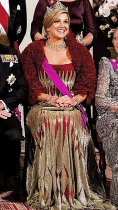 28 November 2016 - Gala dinner for King Filip and Queen Mathilde's state visit to The Netherlands - gown (recycled) by Jantaminiau