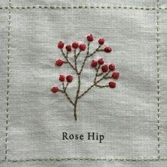 Japanese Embroidery Flowers rosehip - Nuu Amu ~ ki to hi ~の画像 French Knot Embroidery, Embroidery Flowers Pattern, Folk Embroidery, Japanese Embroidery, Embroidery Fashion, Hand Embroidery Designs, Floral Embroidery, Embroidery Stitches, Machine Embroidery
